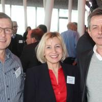 de g. Joe Hebler (Autohebler AG), Priska et Bruno Seeholzer (Garage B. Seeholzer AG)