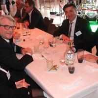 Da sinistra: Madeleine e René Degen (Consiglio centrale dell UPSA) con Markus Aegerter (UPSA) e Daniel Riedo